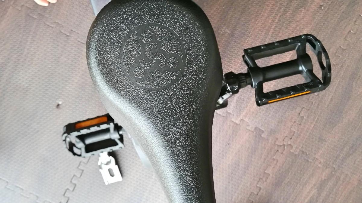 幼児用汎用ペダルを取付けたストライダー14x